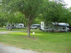 The Parkway RV Resort - Orland CA