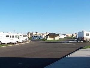 Kit Fox RV Park - Patterson CA