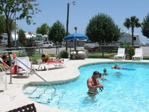 Emerald Beach RV Park - Navarre FL