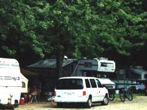 Creekside Mountain Camping - Bat Cave NC