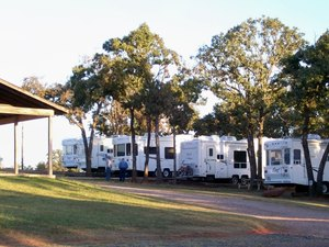 Oak Glen RV Park - Chandler OK