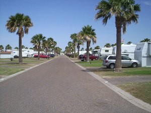 Seven Oaks RV Park - Mission TX