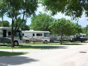 Travelers World RV Resort - San Antonio TX