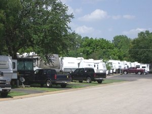 Sandy Lake RV Resort - Carrollton TX