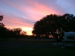 Alamo River RV Resort - Von Ormy TX