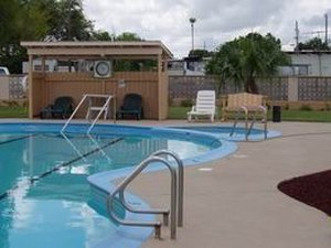 Magic Valley RV Park - Weslaco TX
