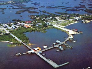 Sunset Isle RV Park & Motel - Cedar Key FL
