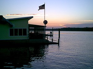 Sunset Landing Restaurant, Resort and Campground - Welaka FL