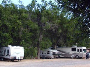 East Zion Riverside RV Park - Mount Carmel Junction UT