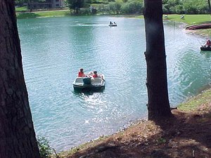 Rutledge Lake Travel Park - Fletcher NC