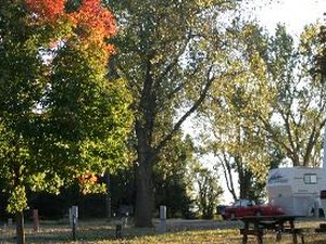 Cottonwood Grove RV Campground - Hesston KS