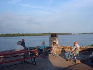 Cozy C RV Campground - Bowling Green MO
