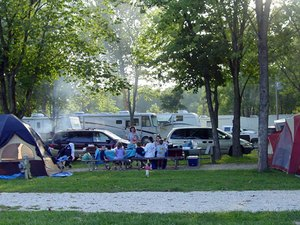 Pin Oak Creek RV Park - Villa Ridge MO