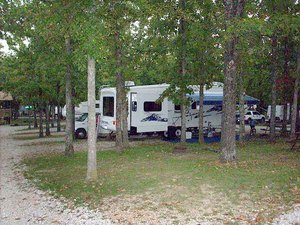 Ozark Trails RV Park - Linn Creek MO
