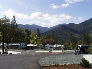 Moon Mountain RV Resort - Grants Pass OR