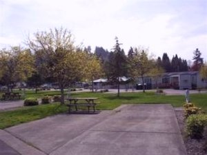 Brookhollow Recreational Vehicle Park - Kelso WA