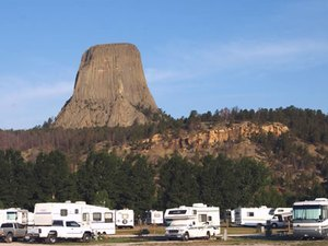 Foothills Motel & Campground - Devils Tower WY