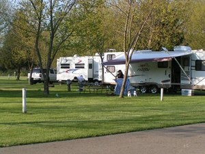 Blue Lagoon Campground - Butler OH