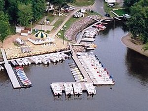 Holiday Shores Campground & Resort - Wisconsin Dells WI
